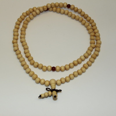 Light Wood Mala Necklace (with 3 decorative Carnelian beads)